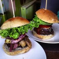 Photo taken at Jo'Burger by Felipe R. on 7/16/2013