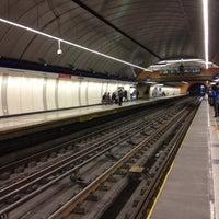 Foto tomada en Metro Las Mercedes por Cristian A. el 10/30/2012