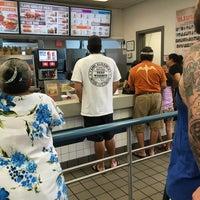 Photo taken at Burger King by §uz E. on 5/28/2017