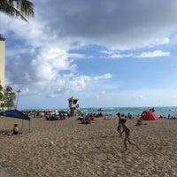 Photo taken at Kaimana Beach Park by §uz E. on 4/25/2017