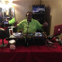 Photo taken at 6500 Bar & Grill by Jammin Dj Lou M. on 2/28/2016