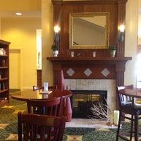 Photo taken at Hilton Garden Inn Jacksonville / Ponte Vedra by Ken M. on 5/12/2014