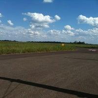 Photo taken at Pista Aeromodelismo by Tatiane D. on 1/12/2013