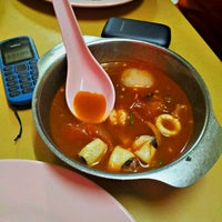 Photo taken at Restoran Vicchuda Meru Indah by shaiful a. on 11/11/2012