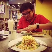 Photo taken at Eaton | Ah Mei Cafe | Sen Ju by Putri P. on 12/20/2014