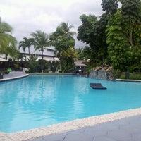 Photo taken at Riande Aeropuerto Hotel & Resort by Caro C. on 11/13/2012