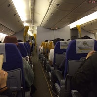 Photo taken at Scoot Airlines Flight TZ 301 by Yury Arthur V. on 12/11/2013