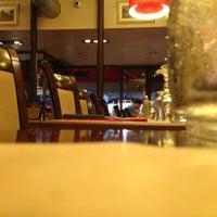Photo taken at San Remo Pizzeria by Francesco A. on 8/18/2013