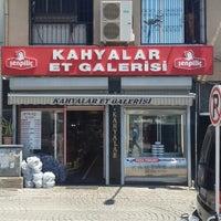 Photo taken at Kahyalar Et Galerisi by Hasan K. on 5/21/2014