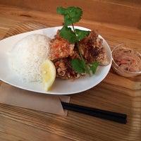 Photo taken at タイのごはんカフェ Baan Tawan by hiro 5. on 10/23/2015