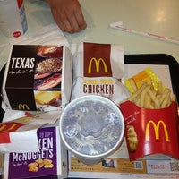 Photo taken at McDonald's by Machiko U. on 2/7/2013