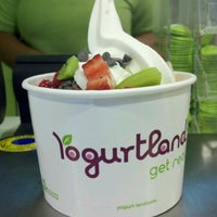 Photo taken at Yogurtland by Otavio D. on 10/28/2012