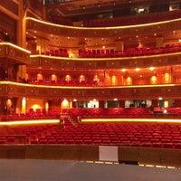 Foto tomada en Royal Opera House por Kristians K. el 5/4/2013