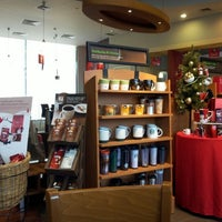 Photo taken at Starbucks by クリスティン c. on 12/10/2012