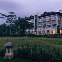Photo taken at Plataran Borobudur Resort & Spa by クリスティン c. on 11/26/2017