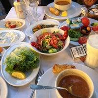 Foto tomada en Köz Kanat Restaurant por Kadir K. el 7/19/2013