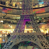 Photo taken at Galeries Lafayette by Tomas F. on 12/8/2012