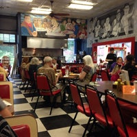 Photo taken at Strawn's Eat Shop by Cas S. on 9/29/2013