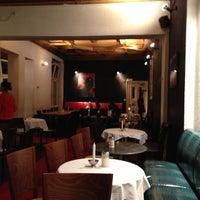 Das Foto wurde bei Schwarzes Café von Uwa S. am 10/1/2012 aufgenommen