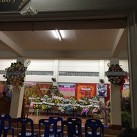 Photo taken at วัดปิตุลาธิราชรังสฤษฎิ์ (วัดเมือง) by Chompuporn S. on 1/18/2018
