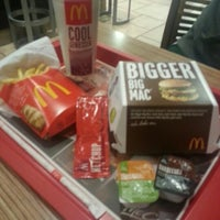 Photo taken at McDonald's by Kamil Ozan A. on 2/4/2013