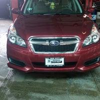 3/25/2014 tarihinde Maria G.ziyaretçi tarafından Mid City Subaru'de çekilen fotoğraf