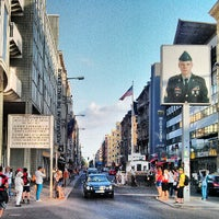 Photo taken at Checkpoint Charlie by Luis Enrique P. on 7/15/2013