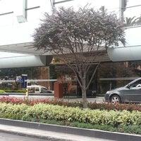 Foto tomada en Hotel NH Bogotá Metrotel Royal por Bob D. el 11/18/2012