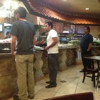 รูปภาพถ่ายที่ Aladdin's Mediterranean Cuisine โดย Greg N. เมื่อ 11/9/2012
