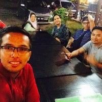 Photo taken at Aki's Seafood @ Langkawi by Farhan Z. on 5/27/2015