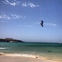 Photo taken at Playa de El Balneario by Tarifakitesurf S. on 6/10/2013