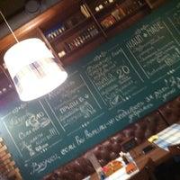 Снимок сделан в Granny's Bar пользователем en h. 11/30/2012