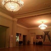 Снимок сделан в Российский академический молодёжный театр (РАМТ) пользователем Olga S. 11/23/2012