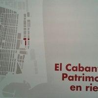 Das Foto wurde bei Escola Tècnica Superior d'Arquitectura von Montse S. am 5/16/2013 aufgenommen