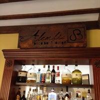 Das Foto wurde bei Alembic Pisco Bar & Lounge von Carlos Enrique M. am 10/7/2013 aufgenommen