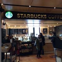 Photo taken at Starbucks by David F. on 4/22/2016