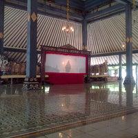 Photo taken at Bangsal Srimanganti Kraton Yogyakarta by Agung W. on 3/1/2014