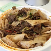 Das Foto wurde bei Xi'an Famous Foods von Eric H. am 3/27/2015 aufgenommen