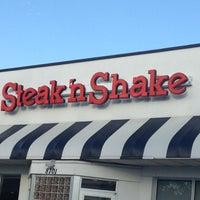 Photo taken at Steak 'n Shake by Maria D. on 10/20/2012