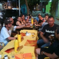Foto tirada no(a) Petisco's Bar por Gilberto H. em 9/7/2013