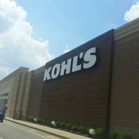 Photo taken at Kohl's by Tee J. on 7/17/2016