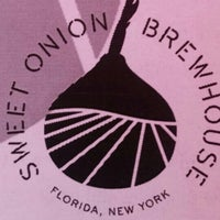 Photo taken at The Sweet Onion Brewhouse by Tee J. on 7/10/2016