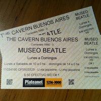 Foto tomada en Museo Beatle por Max S. el 11/21/2012