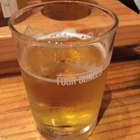 Photo taken at Yachats Brewing + Farmstore by Martin C. on 7/24/2016