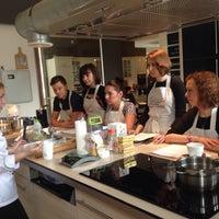 Photo taken at Кулинарная школа CookBook by Alexandra M. on 3/28/2015