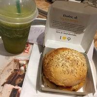 Foto scattata a Green Eat da Svetlana K. il 2/22/2017