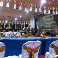 Photo taken at Wat Pa-Aoi by สุภทฺทเมธี ภ. on 10/23/2012