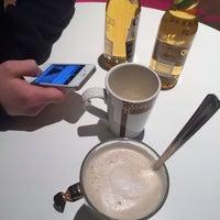 Das Foto wurde bei Coffee House von Lotta B. am 1/2/2014 aufgenommen