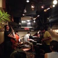 Photo prise au JAZZ SPOT INTRO par akiyuki le7/17/2014
