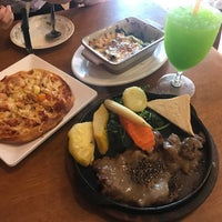 Photo taken at Snow White Resturant by I-tim N. on 9/5/2017
